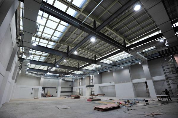 江苏徐州首座全钢结构城市综合体进入室内装修阶段