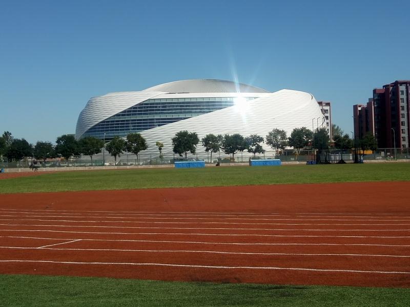 北京建筑大学体育馆喜迎新生入学